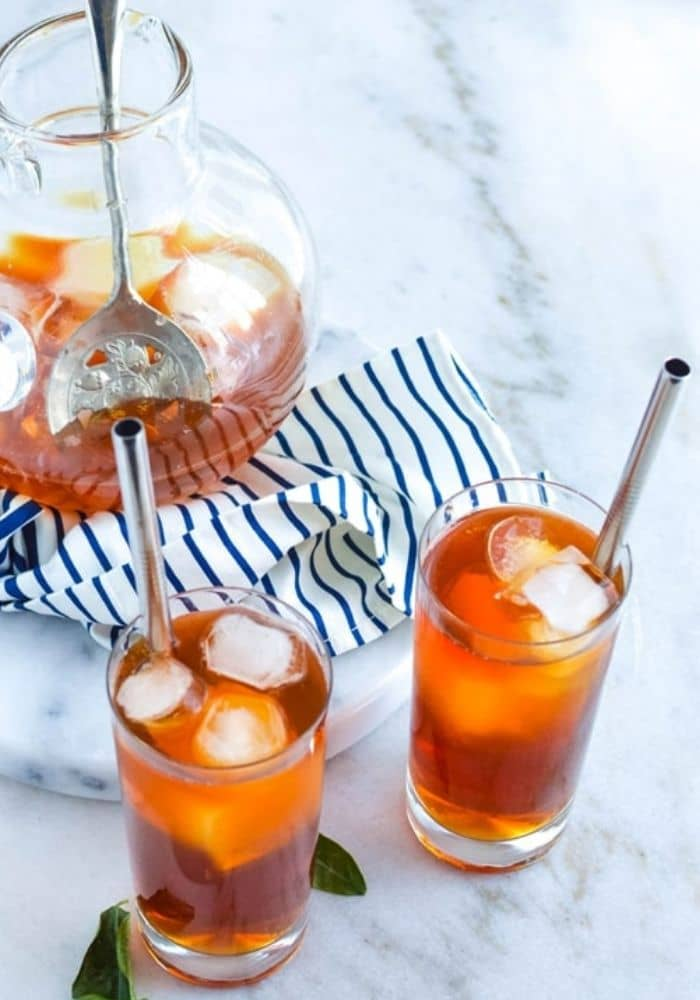 How to Make the Perfect Basic Iced Tea at Home (It's so easy!)
