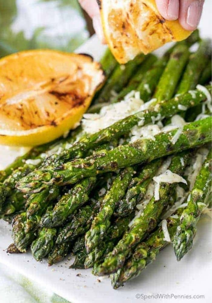 Easy Grilled Asparagus (with Parmesan)