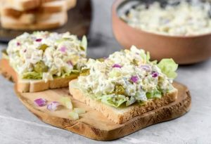 Can you freeze chicken salad sandwiches?