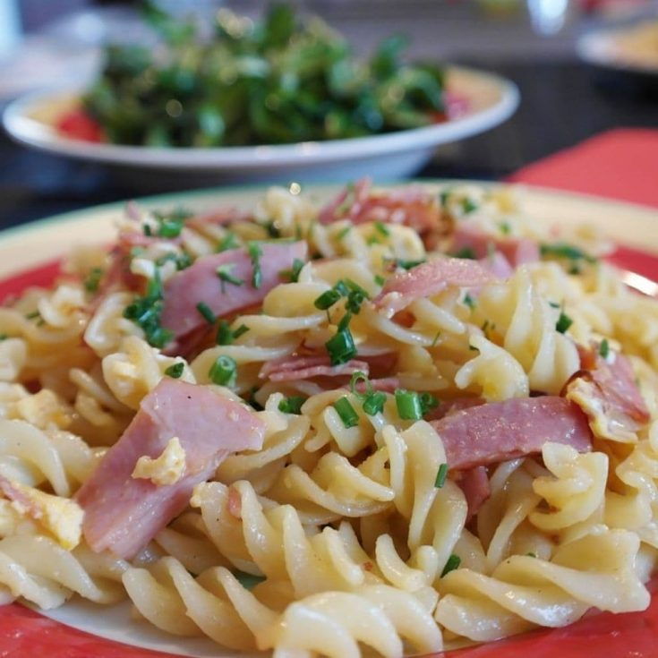 24 Easy Recipes With Egg Noodles