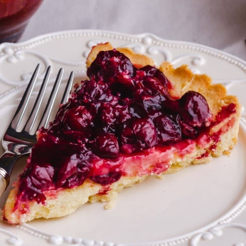 28 Quick and Easy Cherry Desserts